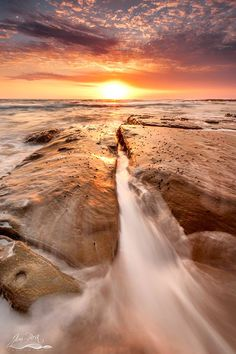 Tranquil sunrise this morning at Bateau Bay, Central Coast, NSW. Jim Picot