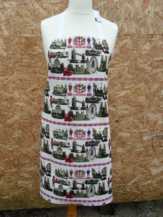 London Landmarks and Union Jack Full Length Adult Reversible Apron. Patriotic Apron. Long Apron with pockets by LDCcreations on Etsy
