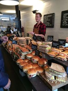 Fernandez & Wells I cool for a small pop up sandwich shop! Fernandez & Wells I cool for a small pop up sandwich shop! Sandwich Bar, Sandwich Shops, Sandwich Ideas, Deli Sandwiches, Bakery Cafe, Cafe Restaurant, Restaurant Restaurant, Food Truck, Menue Design