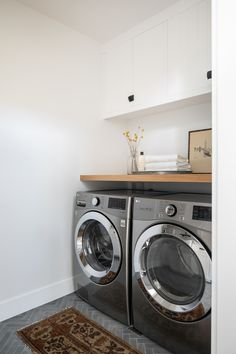 Small laundry Room Upper Laundry room design ideas This Laundry Room might have an average size, but the design is full of inspiring ideas Small laundry Room Upper Laundry room design Small laundry Room Upper Laundry room design ideas Small laundry Room Upper Laundry room design ideas #SmalllaundryRoom #laundryRoom #UpperLaundryroom #laundryRoomdesign #laundryRoomideas