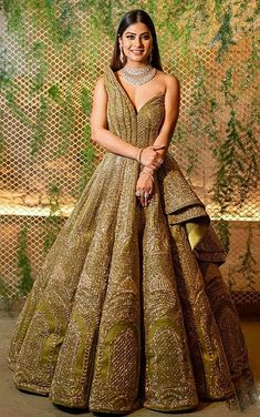 Bridal Lehenga Colour Palettes and What They Represent Indian Wedding Gowns, Indian Gowns Dresses, Indian Bridal Outfits, Indian Fashion Dresses, Dress Indian Style, Bridal Dresses, Fashion Outfits, Engagement Dress For Bride, Engagement Gowns