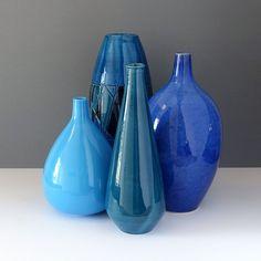 Handpainted-Bitossi-style Italian Ceramic Vase - Ray New York Ceramic Jars, Ceramic Decor, Vitra Design Museum, Blue Black Color, Dark Interiors, Sgraffito, Handmade Design, Coastal Decor, Hand Painted