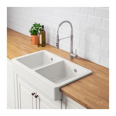 HAVSEN Apron front double bowl sink - white IKEA HAVSEN Apron front double bowl sink Always wanted to learn to knit, yet unclear the place to begin? That Definite B. Kitchen Mixer Taps, Kitchen Sink Faucets, New Kitchen, Ikea Kitchen Sink, Gold Kitchen, Kitchen Black, Kitchen Redo, Kitchen Layout, Interior Design Kitchen