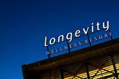 Reclamo Longevity by Underline Concept