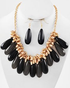 Gold Tone / Black & Grey Acrylic / Gold Ccb (bead) / Lead Compliant / Charm / Necklace & Fish Hook Earring Set