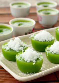 I do get occasional cravings for this kuih. No food colouring used, all natural.   Bad. As my pandan plant is half dead, so I need to bu...