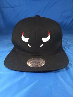 4310cb6e7f138 CHICAGO BULLS Mitchell   Ness Black Cap Hat Adult Snapback Wool Acrylic   fashion  clothing  shoes  accessories  mensaccessories  hats (ebay link)