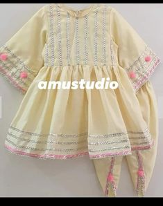 Stylish Dresses For Girls, Stylish Dress Designs, Kids Outfits Girls, Cute Outfits For Kids, Little Girl Dresses, Baby Girl Dress Design, Girls Frock Design, Baby Frocks Designs, Kids Frocks Design