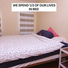a tiny room can make an awesome hotel room ! Good hands and ideas for bricol . - a tiny room can make an awesome hotel room ! Good hands and ideas for DIY but always very loaded d - Home Bedroom, Bedroom Decor, Ikea Bedroom, Girls Bedroom, Bedrooms, New Room, Room Organization, House Rooms, Dorm Room