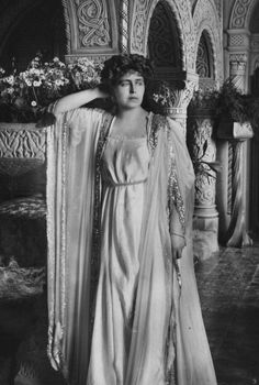 This classic-inspired dress is impossible to date, but it shows Marie's flair for theatrical dress. Queen Mary, King Queen, Royal King, Royal Beauty, Ferdinand, Prince Charles, Belle Epoque, Palace, Marie