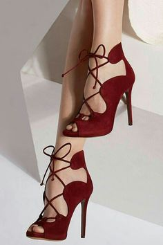 Burgundy Gladiator Sandals Women Shoes Peep Toe Lace Up High Heel Sandals Burgund Gladiator Sandalen Damen Schuhe Peep Toe Lace Up Sandalen mit hohem Absatz Hot Shoes, Crazy Shoes, Me Too Shoes, Shoes Heels, Pink Shoes, Louboutin Shoes, Cool High Heels, Lace Up High Heels, Pretty Shoes