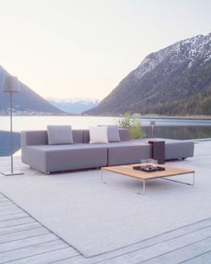 Outdoor Furniture Design, Luxury Furniture, Outdoor Sofa, Outdoor Spaces, Outdoor Decor, Yoga Photography, Summer Is Coming, Sofa Set, Furniture Making