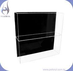 Vitrine ideal para a sua loja, feita em acrílico cristal e preto.   Showcase ideal for your store, done in crystal and black acrylic.