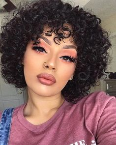 50 Short Curly Hair Ideas to Step Up Your Style Game Haare Frisuren 50 Short Curly Hair Ideas to Step Up Your Style Game Cute Short Curly Hairstyles, Curly Hair Styles, Thick Curly Hair, Curly Hair Cuts, Pretty Hairstyles, Natural Hair Styles, Hairstyle Ideas, Curly Bob, Curly Mohawk