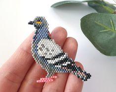 Pigeon bird brooch PDF pattern for miyuki delika brick stitch Beaded Earrings Patterns, Seed Bead Patterns, Peyote Patterns, Weaving Patterns, Bracelet Patterns, Mosaic Patterns, Bead Earrings, Painting Patterns, Bird Patterns