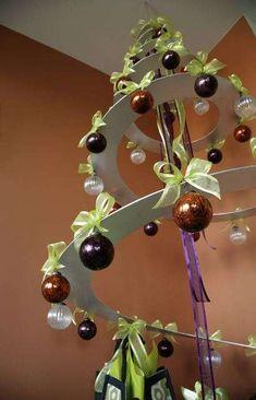 Spiral Christmas Trees #Christmas #Decor #Holidays