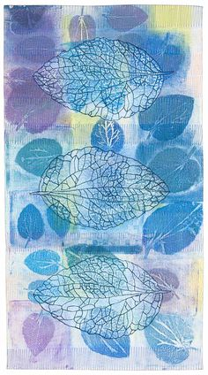 Three Leaves by Catherine Kleeman. Whole cloth monoprinted with actual leaves, air pen tracing of leaf. Thread Painting, Fabric Painting, Fabric Art, Fabric Books, Patchwork Quilting, Quilting Ideas, Art Bin, Contemporary Quilts, Sewing Art