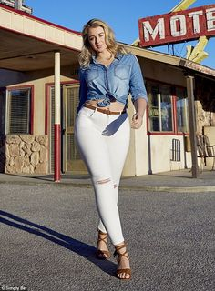 Confidence is key:Iskra Lawrence was certainly not afraid to show off her enviable hourgl...