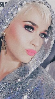 Justin Bieber, Katy Perry Pictures, Famous Last Words, Pink Wallpaper, Gorgeous Women, Actresses, Icons, Wallpapers, Pop