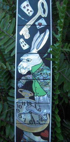 Detail from Alice in Wonderland inlay by Arlene Goulart http://arlenegoulart.com/