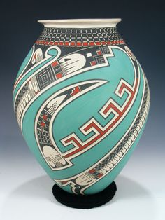 Roman pottery soon became an art unto itself. They did not borrow from the Greeks by painting decorations onto the pottery Native American Decor, Native American Baskets, Native American Patterns, American Indian Art, Native American Indians, Native American Artwork, Native American Artists, American History, Vases