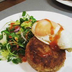 New post on crap kitchen: Corned beef potato cakes http://www.crapkitchen.com/2015/07/corned-beef-potato-cakes.html