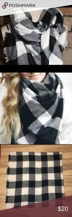 Black and white checkered blanket scarf Very cute and perfect for the cold weather Accessories Scarves & Wraps