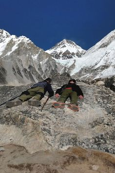 How difficult is the Everest Base Camp Trek? Our experiences, the dangers and difficulty of the trek and conditions on the Mt Everest hike in Nepal. Hiking With Kids, Road Trip With Kids, Travel With Kids, Family Vacation Destinations, Travel Destinations, Travel Couple, Family Travel, Family World, Travel Nursery