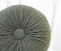 Green Cashmere Round Throw Pillow / Accent Decorative Couch Cushion / Felted Cashmere Wool Pillow No907