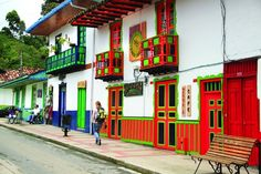 Salento, Calle Real - Mincit Colourful Buildings, House, Jeep Willys, School, Colorful Houses, House Paintings, Beautiful Homes, Facades, Courtyards