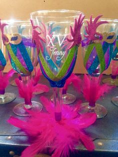 """Get excellent ideas on """"mascarade party"""". They are actually on call for you on our website. Mardi Gras Party Theme, Mardi Gras Decorations, Birthday Decorations, Moms 50th Birthday, Adult Birthday Party, Carnival Birthday, Rio Party, Carnival Crafts, Candy Bar Wedding"""