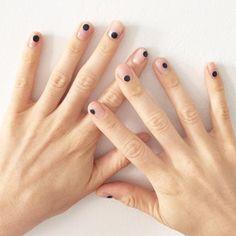 Manicurist Madeline Poole's New York Fashion Week Diary: Polka Dot Nail Art at Adam… - nailart Dot Nail Art, Polka Dot Nails, Polka Dots, Minimalist Nails, Minimalist Style, Hair And Nails, My Nails, Nude Nails, Dark Nails