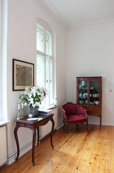 House Tour: A Classic Style Berlin Apartment | Apartment Therapy