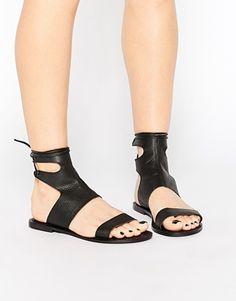 Sandalias de cuero con cordones FOUNTAIN de ASOS