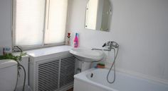 Apartment on Berezovaya Roscha Voronezh Apartment on Berezovaya Roscha offers accommodation in Voronezh. Solnechny Rai is 6 km from the property.  The accommodation is fitted with a TV with cable channels. There is also a kitchenette, equipped with an oven, microwave and fridge.