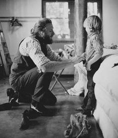 Padres e hijos una relación realmente entrañable con el paso de los años - http://www.elmundocurioso.com/2014/10/padres-e-hijos-una-relacion-realmente-entranable-con-el-paso-de-los-anos.html