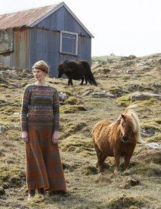 SHETLAND is a collection of 12 Fair Isle handknit designs for women by Marie Wallin using Jamieson's of Shetland Spindrift Fair Isle Knitting, Hand Knitting, Costume Ethnique, Pull Jacquard, British Style, Retro Fashion, Folk Fashion, Knit Fashion, Pulls