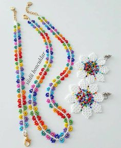 Beaded Flowers Patterns, Beaded Jewelry Patterns, Beaded Earrings, Seed Bead Necklace, Beaded Bracelets, Handmade Beaded Jewelry, Earrings Handmade, Bracelet Crafts, Jewelry Crafts