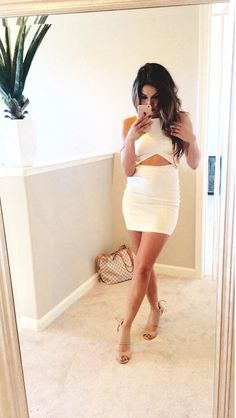 Love this White Body Con dress! I want it!