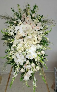 Flower Sprays For Funerals – Thin