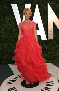 Claire Danes at the Oscars 2012 after party. Loved her Valentino coral gown.
