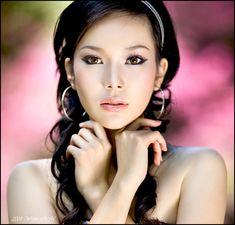 Google Image Result for http://fc07.deviantart.com/fs32/f/2008/226/a/8/Asian_Beauty_by_widjita.jpg