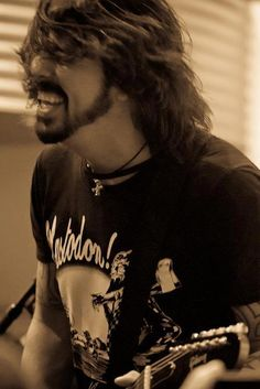 Dave Grohl- a shining star on a cloudy night. So inspiring. Lovely. Yum.