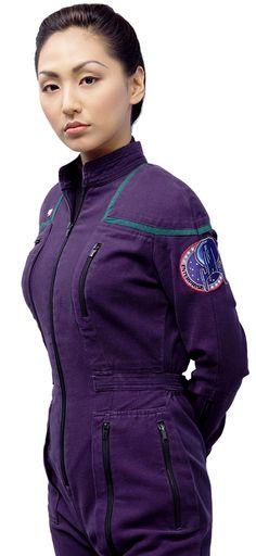 Linda Park as Hoshi Sato - Star Trek Enterprise Star Trek Voyager, Star Trek Enterprise, Linda Park, Star Trek Tv Series, Star Trek Uniforms, Star Trek Images, Star Trek Characters, Star Trek Beyond, Space Girl