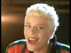 <3 <3 Yazz - The Only Way Is Up. Damnnnn..I love, Love LOVE this song! <3 <3