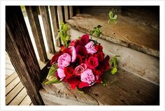 i love roses with rustic chairs!
