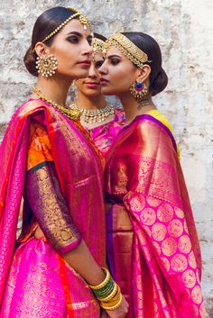 South-Indian silks are just the thing we needed to see to brighten up a dull Friday. So when we spotted this impeccable styled shoot by: Who Wore What When(run by two effervescent bloggers,Pranay Jaitly and Shounak Amonkar) we knew we had to share this. The duo really nailed the styling of this av