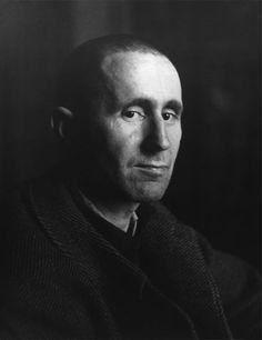 Bertolt Brecht, retrato foltográfico de Josef Breitenbach, 1937