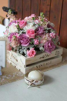 Wedding Vintage Bouquet Receptions Ideas For 2019 Flower Centerpieces, Flower Decorations, Wedding Decorations, Wedding Boxes, Wedding Flowers, Vase Arrangements, Deco Floral, Diy For Girls, Flower Boxes