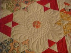 great empty space quilting. I'm doing something like this next time I have empty spaces.